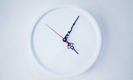 นาฬิกากล่องขนมคุกกี้